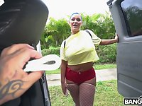 Big bottomed and big tittied chick Kaden Kole is picked and fucked in the car