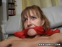Amateur Porn Mother I´d Like To Fuck gets her bum and twat toyed