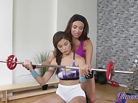 Hot work out leads the fit beauties to an impeccable oral play