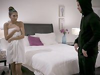 Amateur girlfriend Gianna Dior gives head and gets penetrated